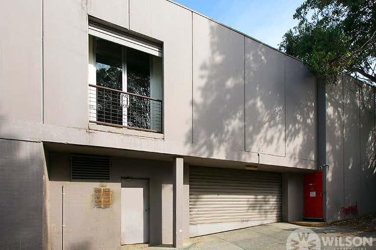 Rear Level 2/ 30 Inkerman Street St Kilda VIC 3182 - Image 2