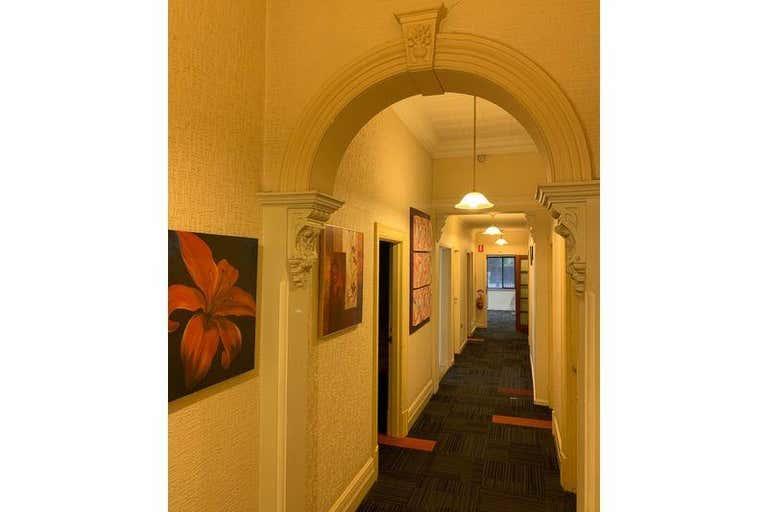 710 Young St Albury NSW 2640 - Image 4