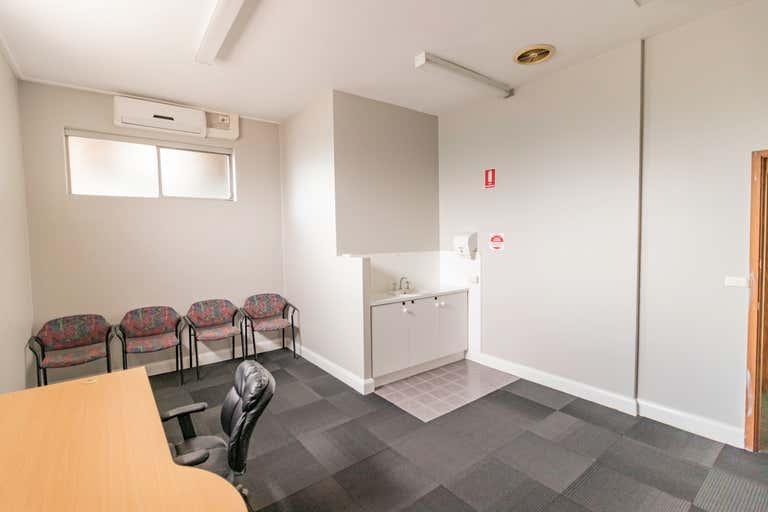 18d/121 Lawes Street East Maitland NSW 2323 - Image 2