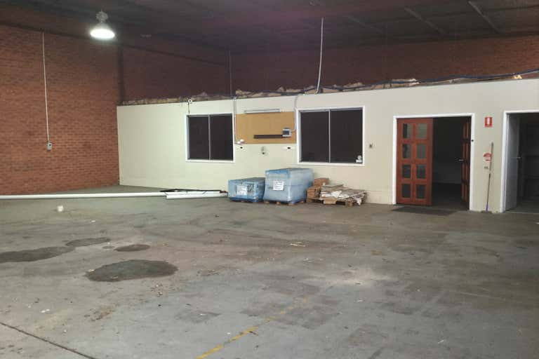 Unit , 1, 95  Kew Street Welshpool WA 6106 - Image 4