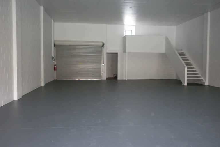 4/9 Gateway Drive Labrador QLD 4215 - Image 1
