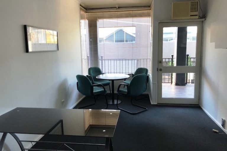 Suite 10, 180 Toorak Road South Yarra VIC 3141 - Image 4