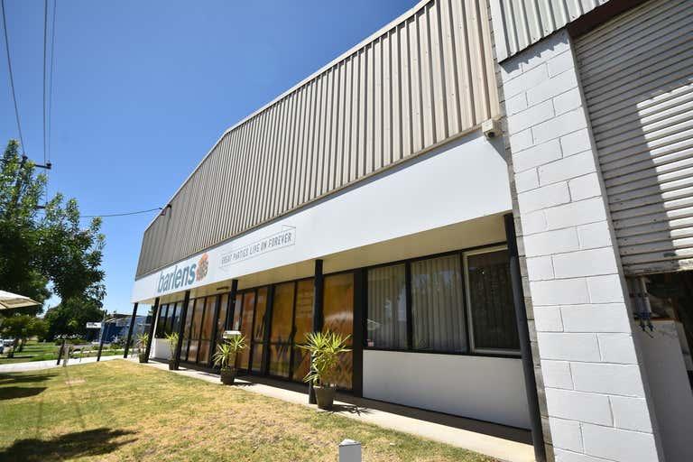 613 Nurigong Street Albury NSW 2640 - Image 3