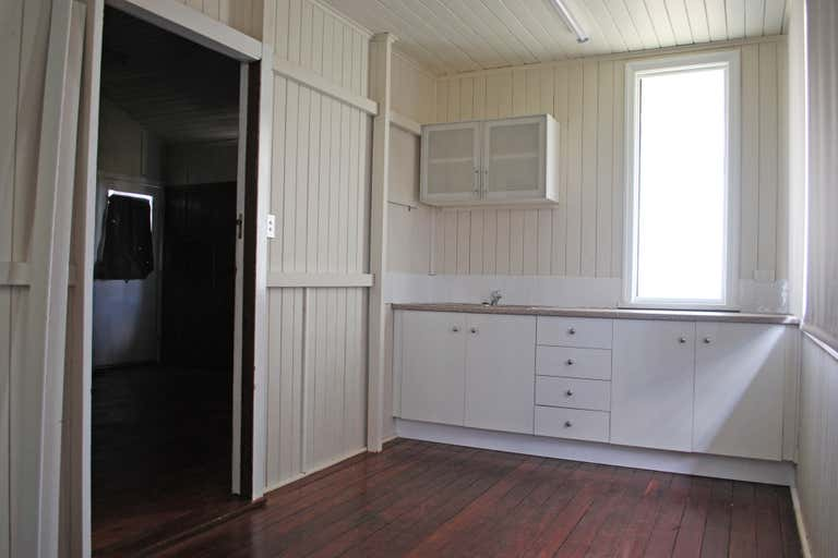 70 Campbell Street Oakey QLD 4401 - Image 4