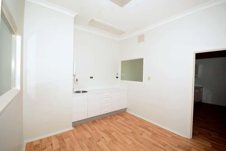 24 Rene Street Noosaville QLD 4566 - Image 4