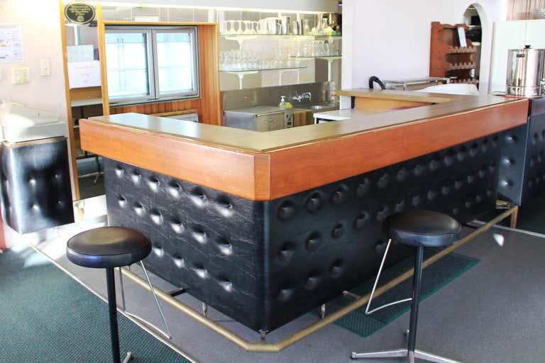 422 Kingsford Smith Drive Hamilton QLD 4007 - Image 4