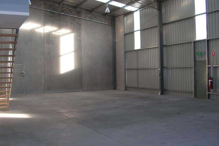 Factory 2/11-13 Maynard Drive Epsom VIC 3551 - Image 4