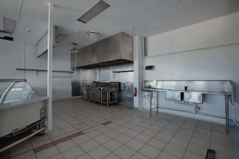 7-9, 155 Florence Street Wynnum QLD 4178 - Image 4