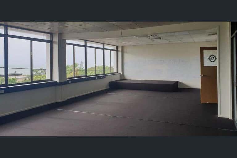 Suite 2, 23 Ocean Street Tannum Sands QLD 4680 - Image 4