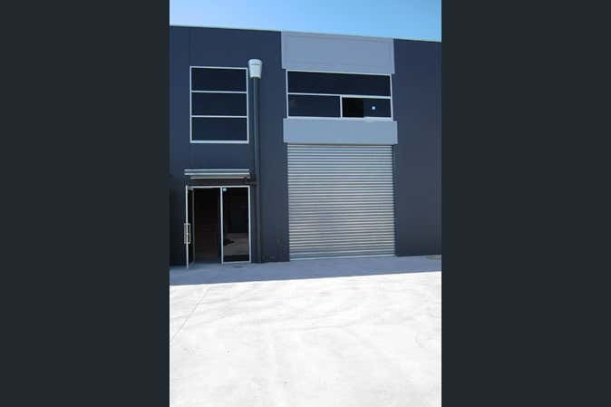 9/78 Wirraway Drive Port Melbourne VIC 3207 - Image 2