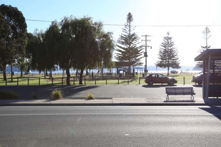 Units 1-5/236 Beach Road Batehaven NSW 2536 - Image 3