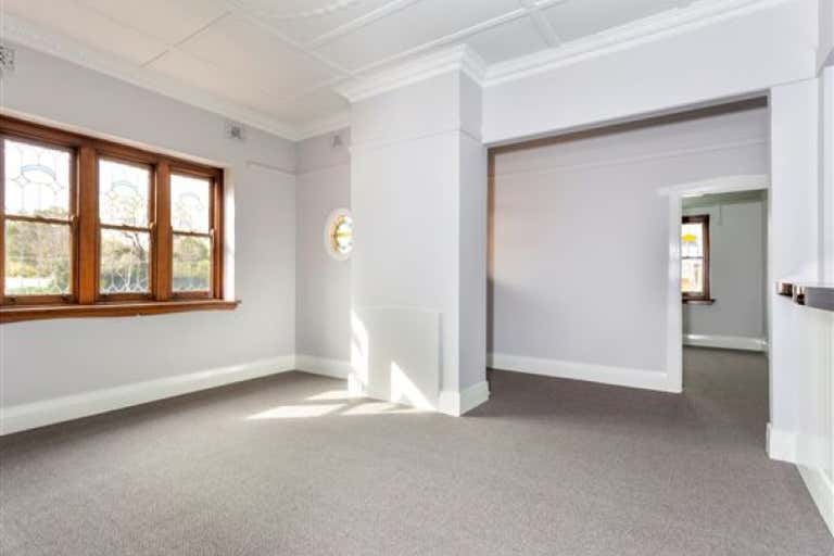 663 Pemberton Street Albury NSW 2640 - Image 4