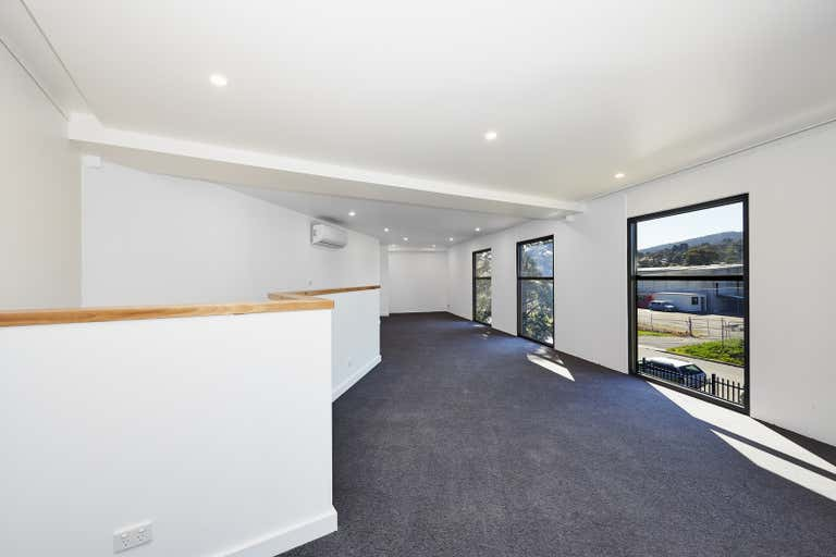 3/4 Dempster Street Ferntree Gully VIC 3156 - Image 2