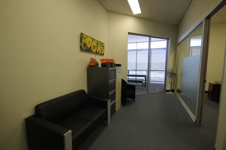 14/2-4 Rickey Street Capalaba QLD 4157 - Image 3