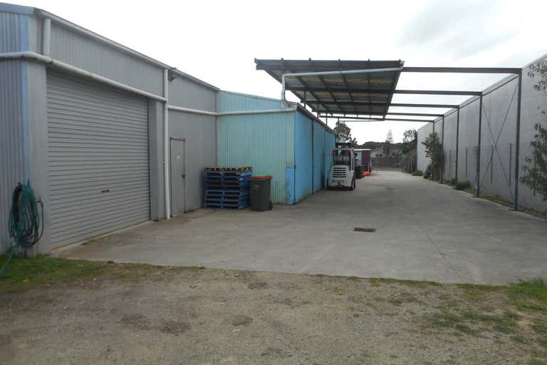 2/99 Settlement Road Cowes VIC 3922 - Image 2