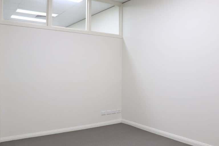 Shop 2, 243 Margaret Street Toowoomba City QLD 4350 - Image 3