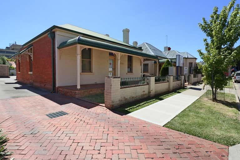 554 Stanley Street Albury NSW 2640 - Image 3
