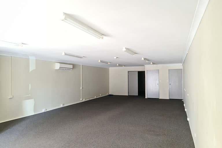 8/221 Lennox Street Maryborough QLD 4650 - Image 2
