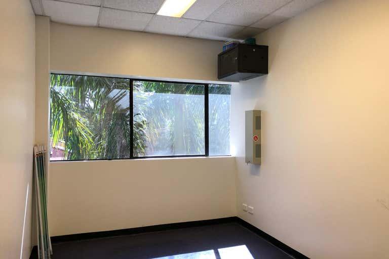 2B/109 Upton Street Bundall QLD 4217 - Image 4