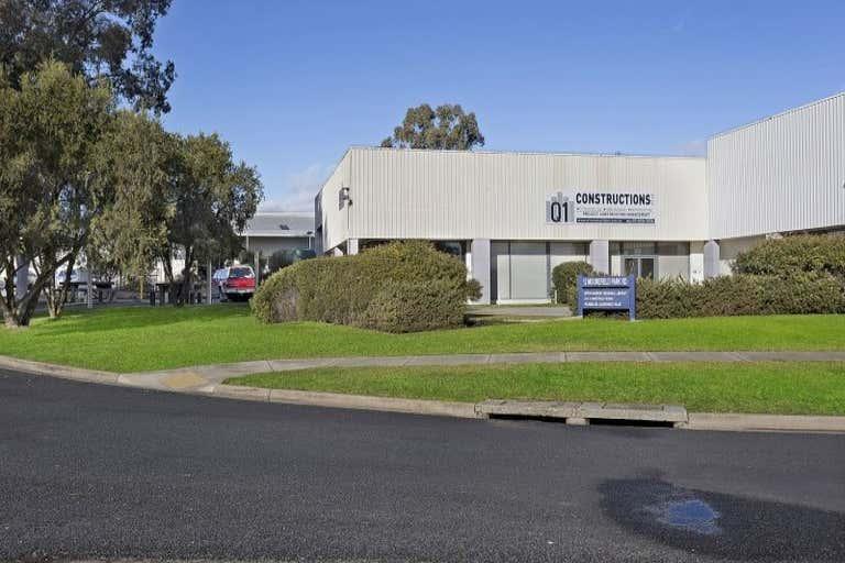 2/12 Moorefield Park Drive Wodonga VIC 3690 - Image 3