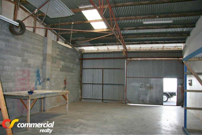 Unit 4, 91 Albert Road East Bunbury WA 6230 - Image 2