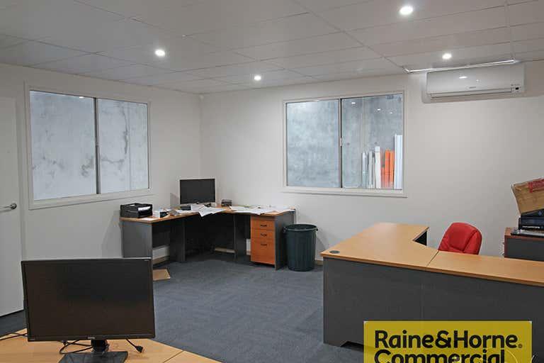 3/129 Robinson Road Geebung QLD 4034 - Image 3