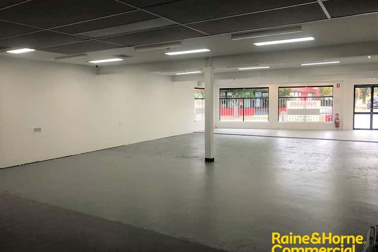 33 Queen Street Campbelltown NSW 2560 - Image 2