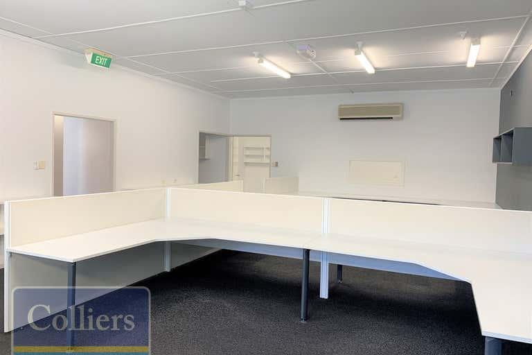 2/36-40 Ingham Road West End QLD 4810 - Image 4
