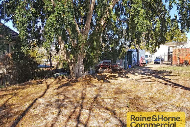 47 Queens Road Everton Hills QLD 4053 - Image 4
