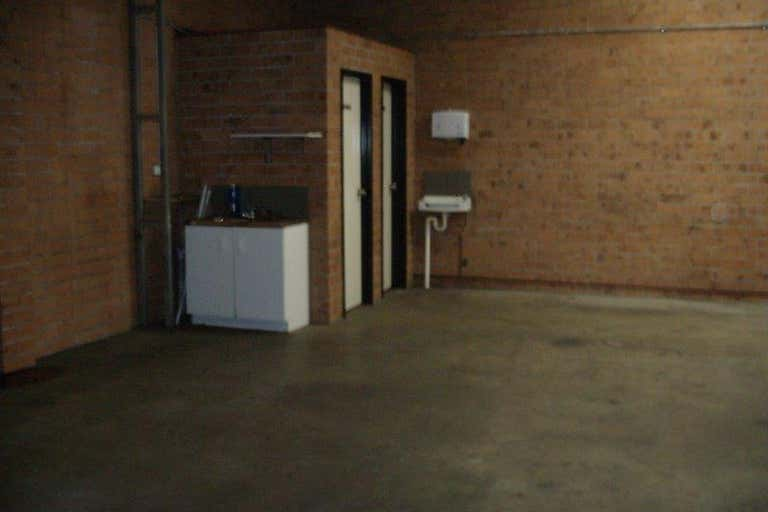 7/28 Glastonbury Avenue Unanderra NSW 2526 - Image 4