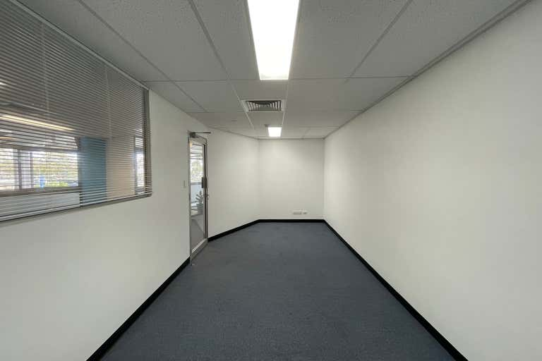 29B/207 Currumburra Road Ashmore QLD 4214 - Image 3