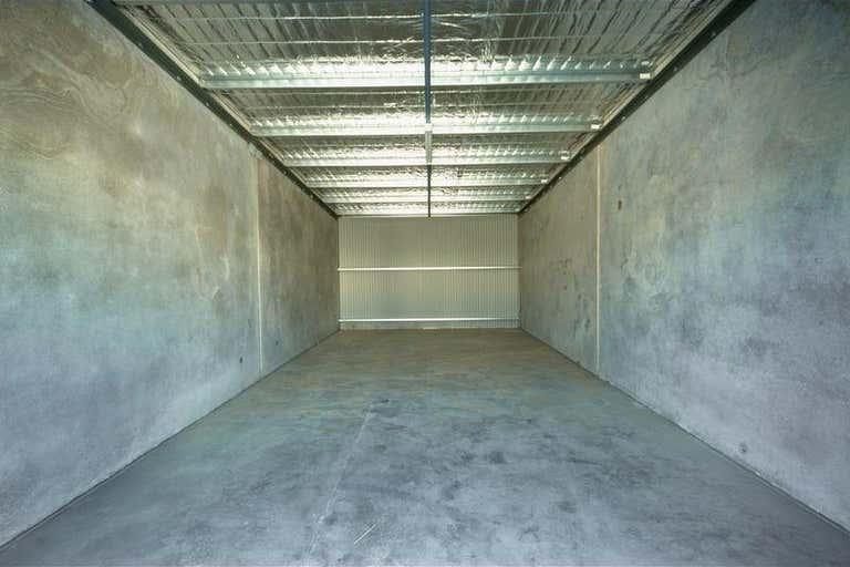 82 Merkel Street Albury NSW 2640 - Image 2