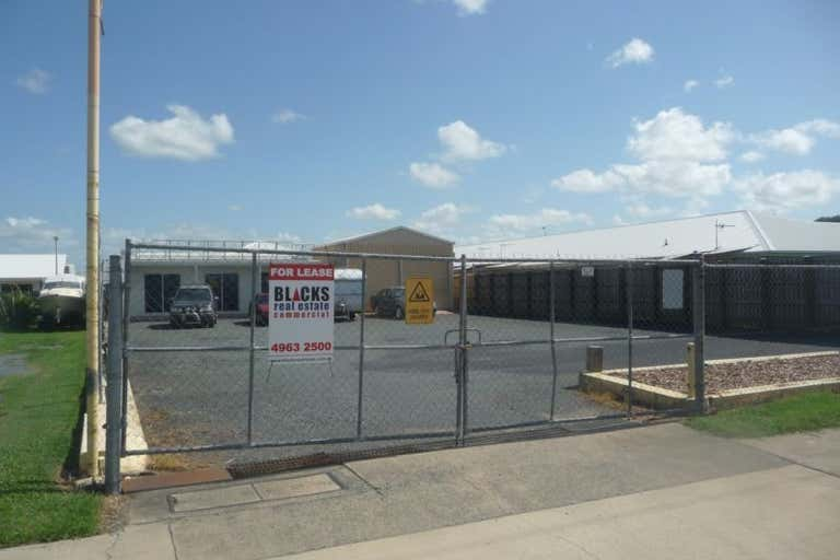 3 Peak Downs Highway Racecourse QLD 4740 - Image 2