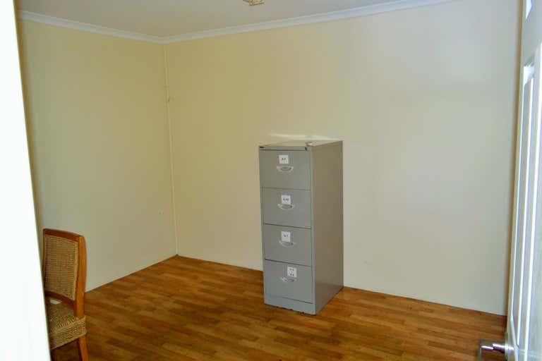 1/106 Enterprise Street Kunda Park QLD 4556 - Image 4