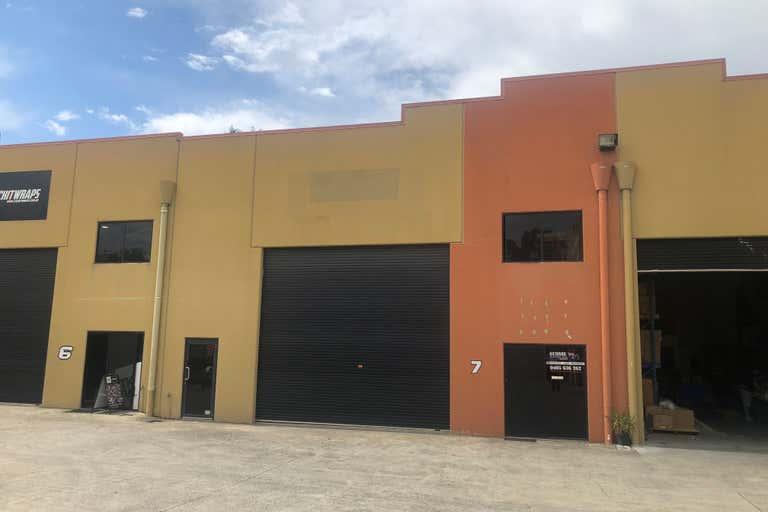 7/76-78 Hutchison Street Burleigh QLD 4822 - Image 1