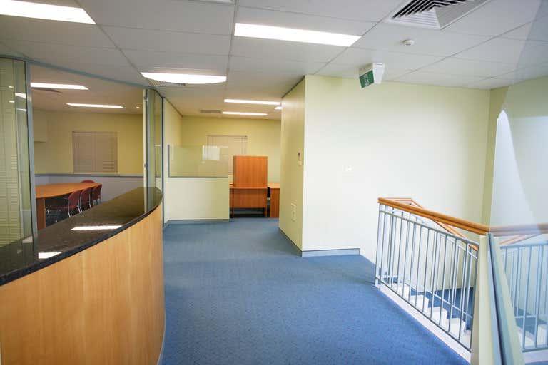 Part 7, 3 Packard Avenue Castle Hill NSW 2154 - Image 3