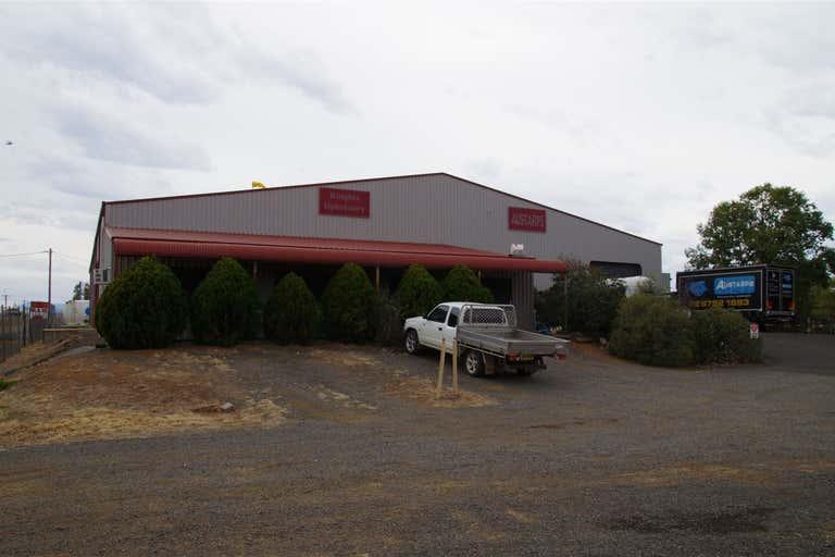 12 Wee Waa Road Narrabri NSW 2390 - Image 2