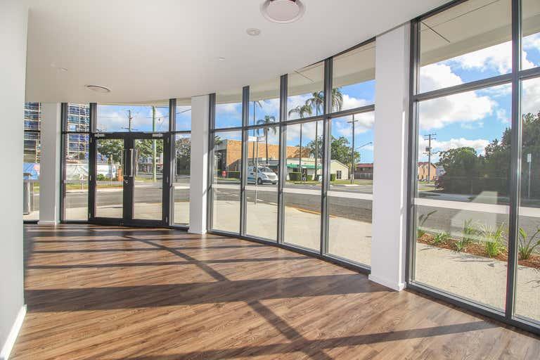 Shop 1/44 Bay Terrace Wynnum QLD 4178 - Image 3