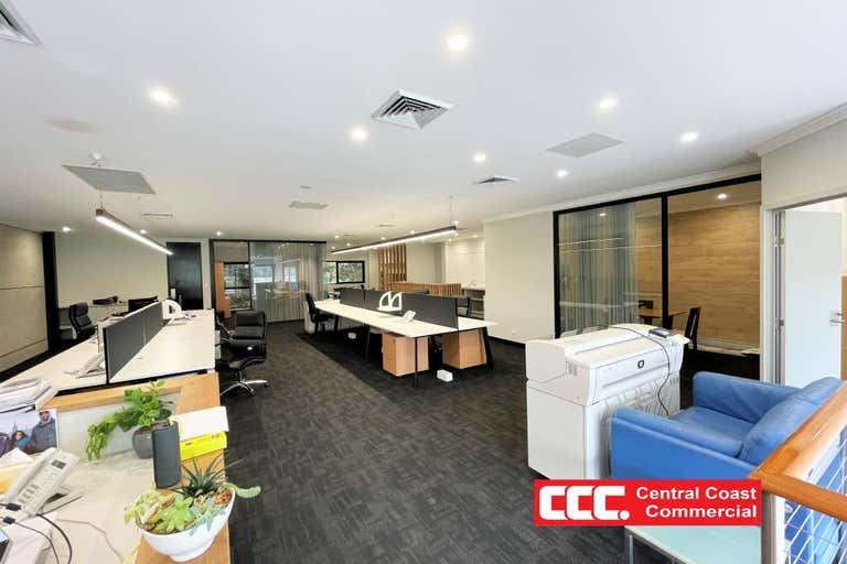 1/3a Racecourse Road West Gosford NSW 2250 - Image 1