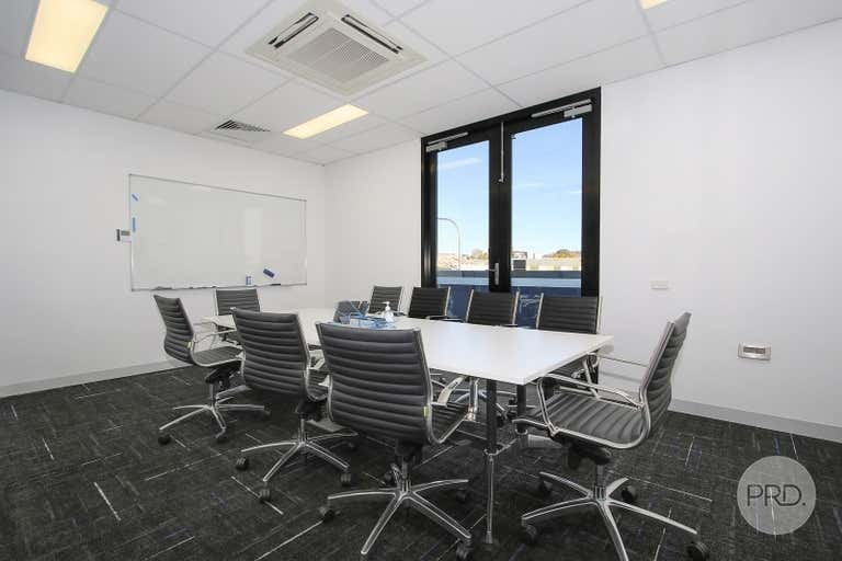 Suite 4, FF / 526 Macauley Street Albury NSW 2640 - Image 3
