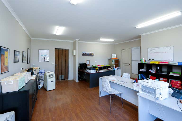 19 Princes Highway Stratford VIC 3862 - Image 4