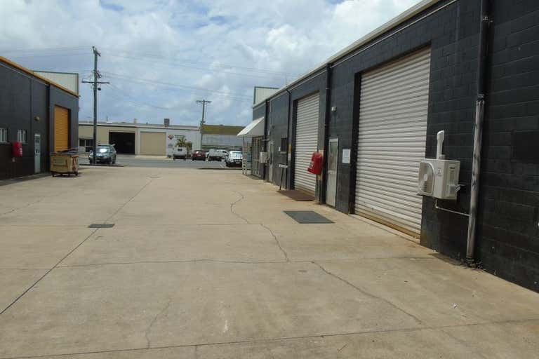 2/2 Chain Street Mackay QLD 4740 - Image 1