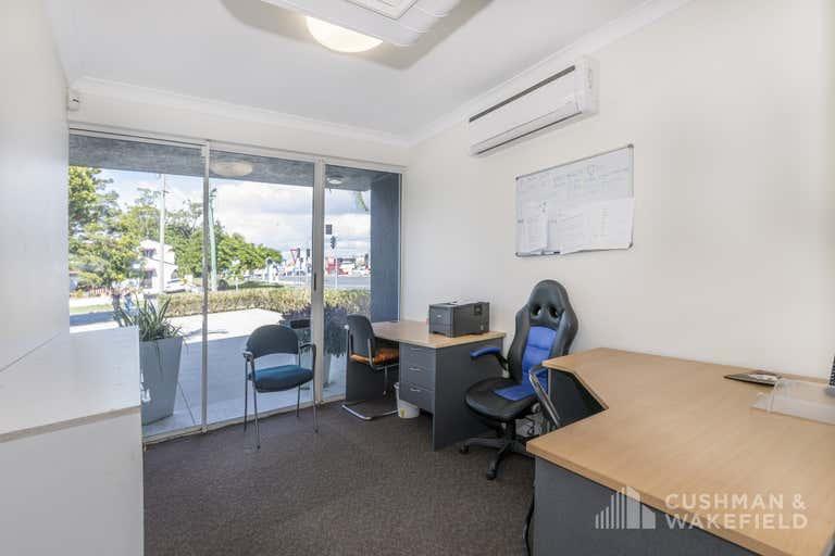1 Vespa Crescent Bundall QLD 4217 - Image 4