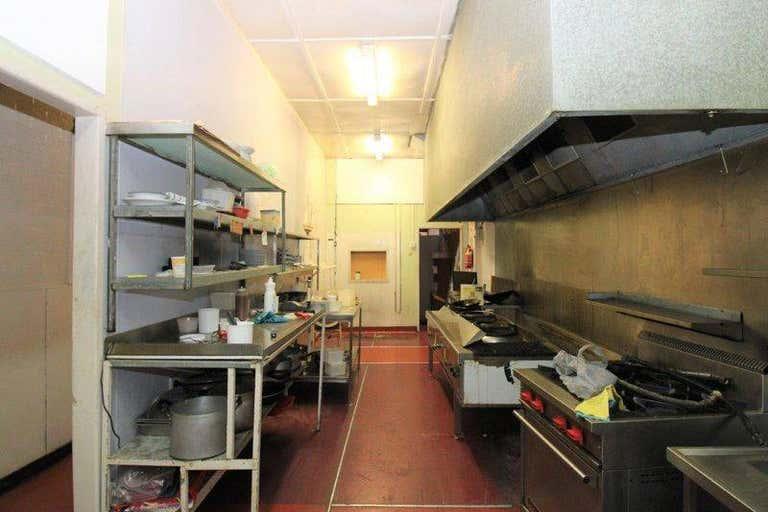 2/160 Margaret Street Toowoomba City QLD 4350 - Image 2