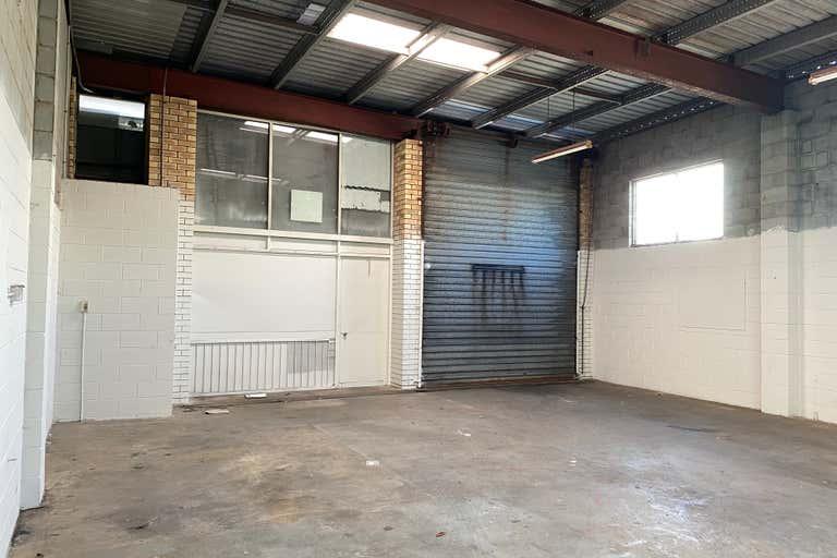 8/7 Paisley Drive Lawnton QLD 4501 - Image 3