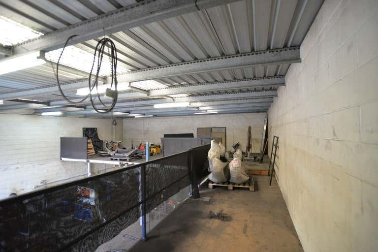 Unit 2/112 Compton Road Woodridge QLD 4114 - Image 4