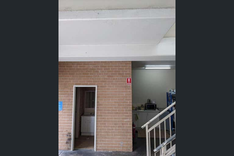 Unit 4, 38-40 Whyalla Place Prestons NSW 2170 - Image 4