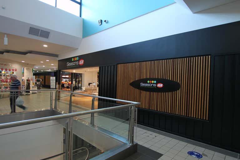 18A/ 81-87 Noosa Drive Noosa Heads QLD 4567 - Image 4