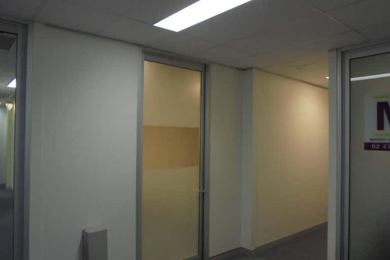 Suite 4, 111 Henry Street Penrith NSW 2750 - Image 1