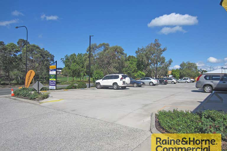 4/25 Discovery Drive North Lakes QLD 4509 - Image 4